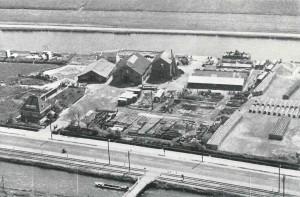 Kantoor en werf te Halfweg, omstreeks 1940